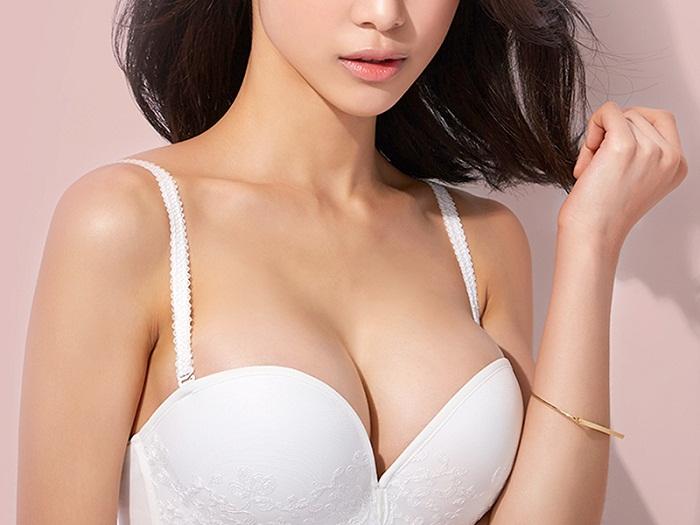 Nâng ngực túi xốp Polytech