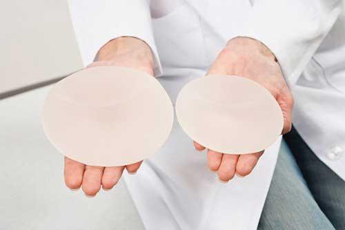 Nâng ngực ở bệnh viện nào an toàn