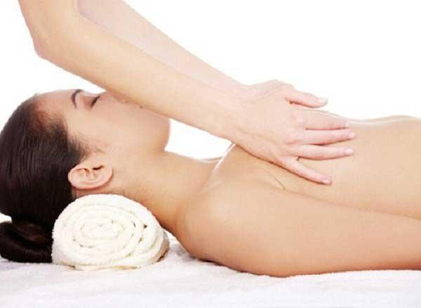 Cách trị ngực chảy xệ an toàn, hiệu quả Minh-hoa-nguc-chay-xe-1-3