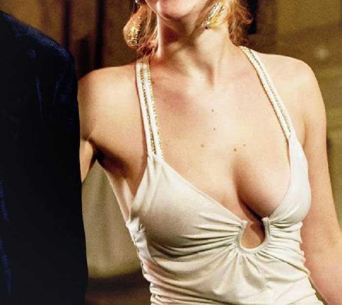Cách làm ngực không bị chảy xệ bạn biết chưa