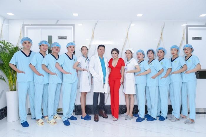 Làm trắng vùng kín tự nhiên - Đội ngũ Bác Sĩ, y tá tại Bệnh viện thẩm mỹ Ngô Mộng Hùng
