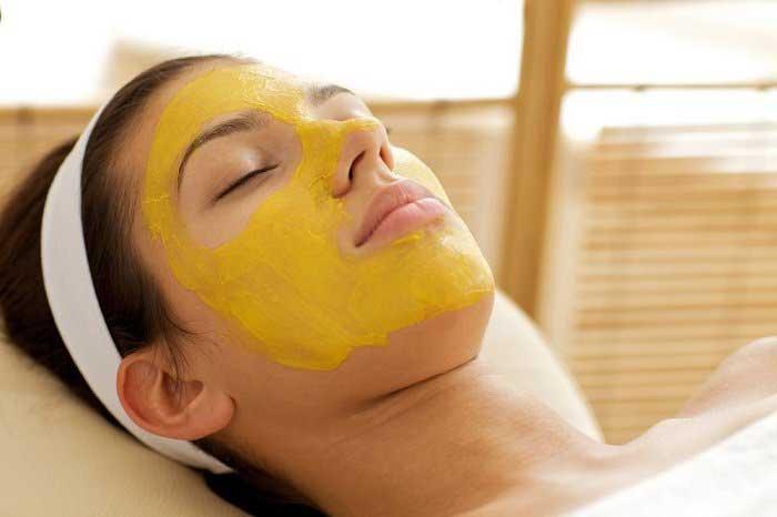 Làm căng da mặt bằng phương pháp tự nhiên