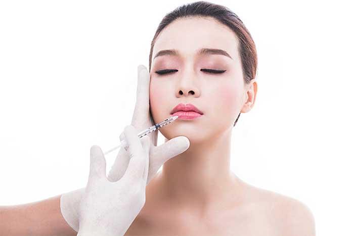 Bơm môi không cần phẫu thuật