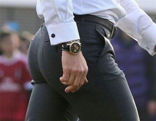 Quần nâng mông nam giới