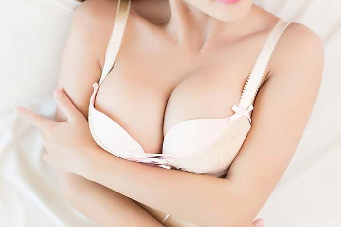 Túi ngực Ergonomic